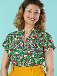 the be my baby blouse. tulips in forest green