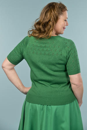 the knock out knit top. forest green