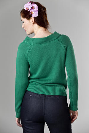 the Bardot boatneck. green
