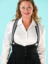 the sassy suspenders. black/white