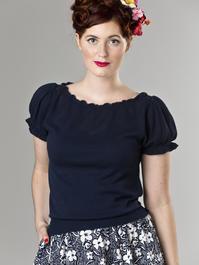 the señorita knit top. navy