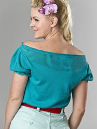 the señorita knit top. turquoise
