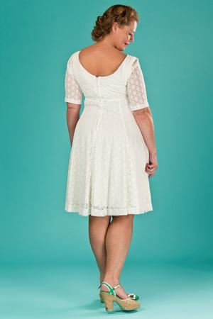 the drop dead gorgeous dress. white lace