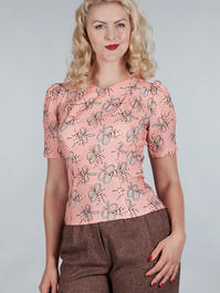 The darling darling top. Bows on peach