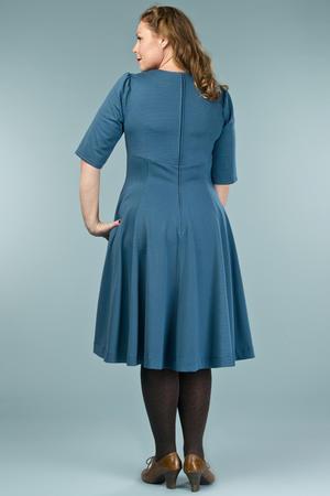 the swirly sweetheart dress. teal dots