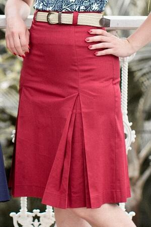 the twirly swirly skirt. red twill
