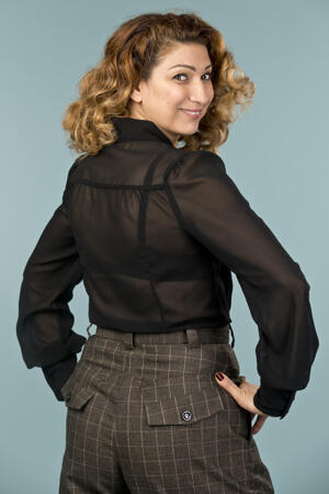 the busy bow blouse. black chiffon