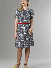 the darling darling dress. Navy flowers