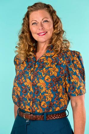 the Hollywood Boulevard blouse. autumn leaves