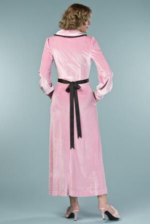 the beautiful boudoir robe. bubblegum