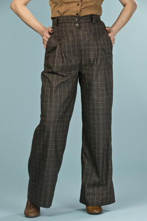 the fancy worker pants. mustard/black plaid