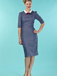 the nice and neat wiggle dress. navy weave